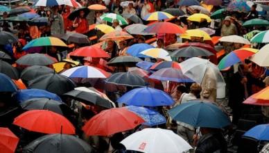 pioggia_ombrelli-680x365